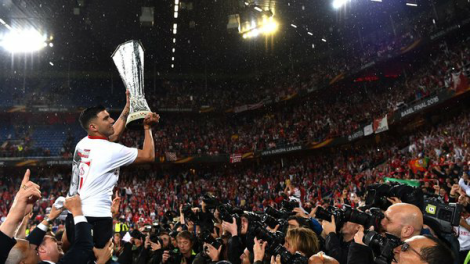 celebrate-sevilla-the-winner-of-europa-league-2016.jpg.jpeg