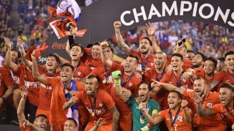 chile-copa-america-trophy_3491031.jpg